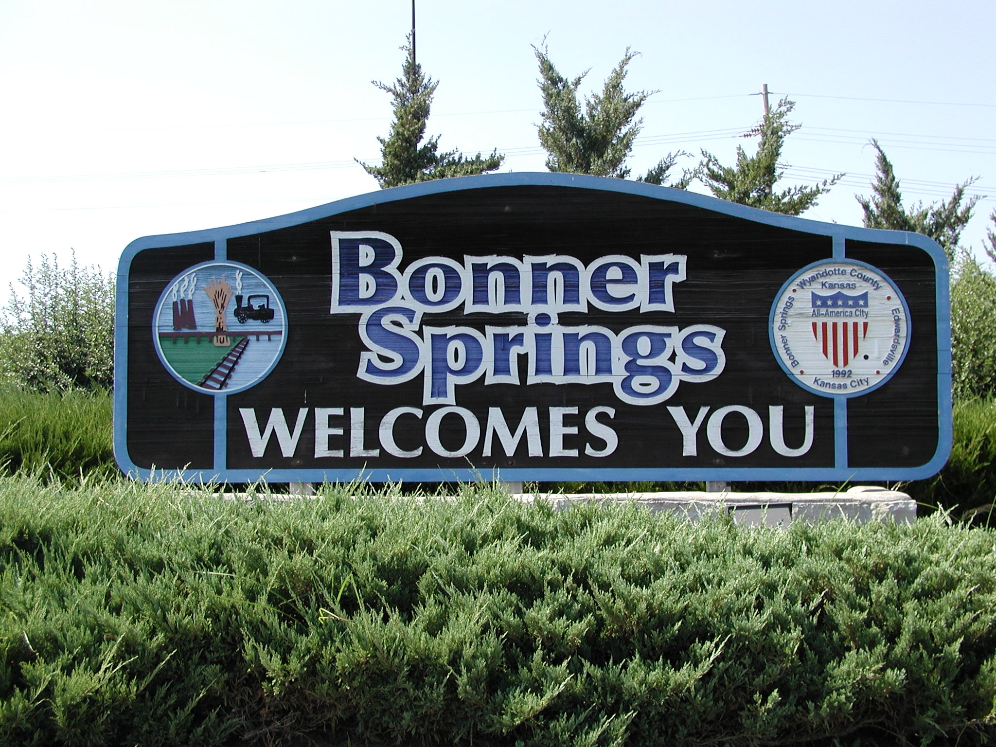 Bonner Springs welcome sign